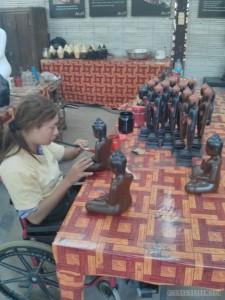 Siem Reap - Artisans d'Angkor lacquered buddha
