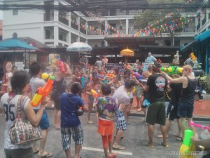 Songkran in Bangkok - Khao San water fight 1