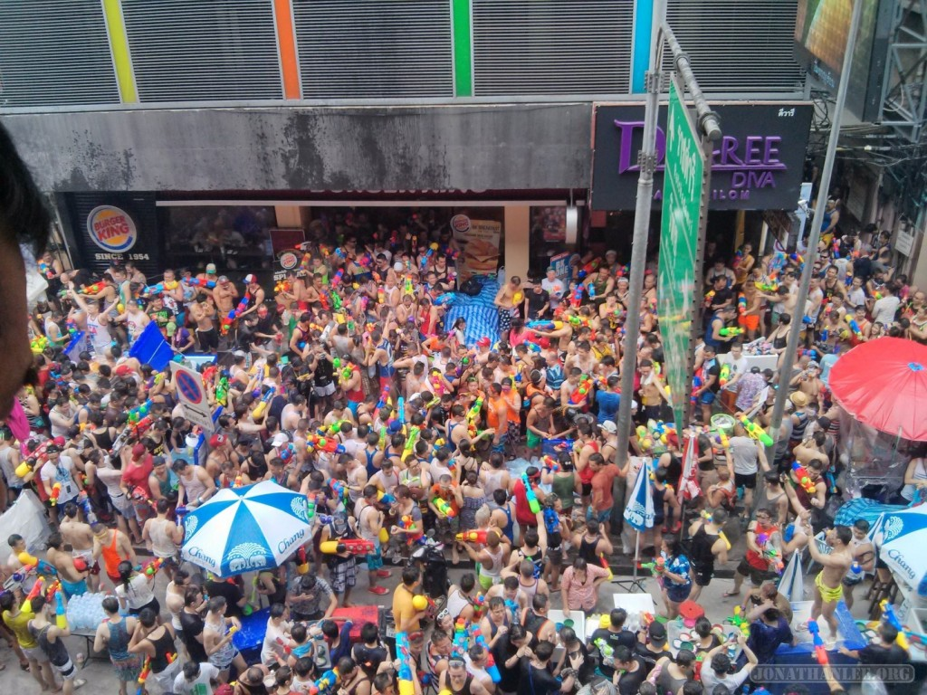 Songkran in Bangkok - Silom from above 24