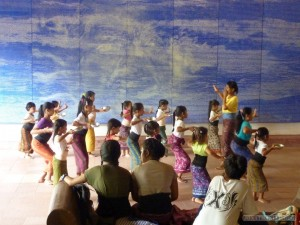 Ubud - Balinese dance classes