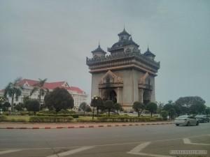 Vientiane - Patuxai 1