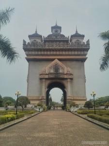 Vientiane - Patuxai 2