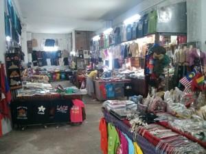 Vientiane - Patuxai vendors