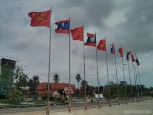 Vientiane - river flags