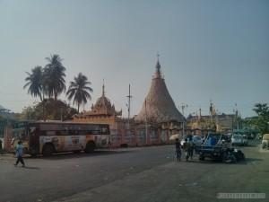 Yangon - Botahtaung Pagoda 1