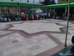 Yangon - Shwedagon pagoda point of victory
