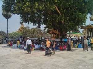 Yangon - Shwedagon pagoda sitting in shade