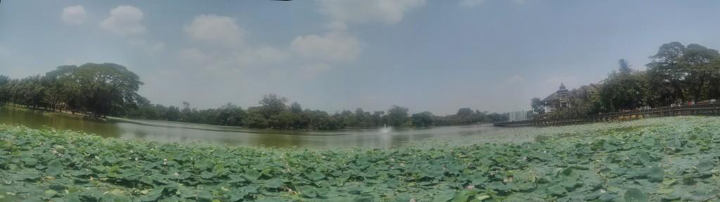 Yangon - panorama Kandawgyi lake 2