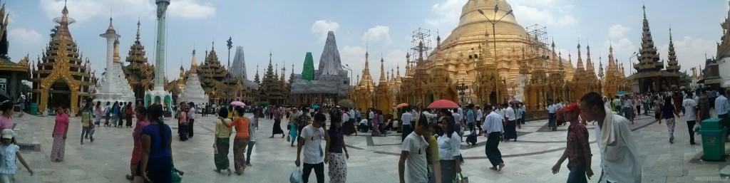 Yangon - panorama Shwedagon pagoda 1