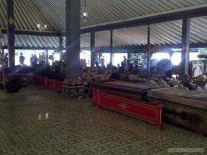 Yogyakarta arts culture - wayung kulit daytime orchestra