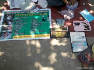 Yogyakarta - bird market bloodletting
